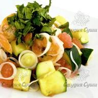 Салат с тигровыми креветками, цукини Фото