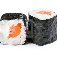 Хосомаки с лососем и сыром Фото