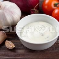 Белый соус Фото