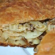 Слоеный картофель, грибы Фото