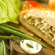 Пирог с капустой и куриным филе Фото