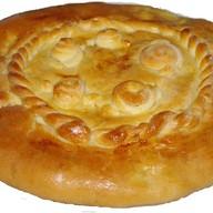 Пирог с картофелем из слоеного теста Фото