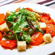 Салат с запеченной тыквой Фото