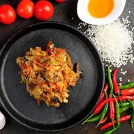 Вок рис с курицей Фото