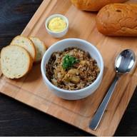 Каша гречневая с луком и грибами Фото
