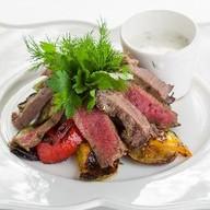 Мангал-салат с ростбифом Фото