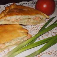 Пирог с горбушей и луком Фото
