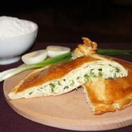 Пирог с луком и яйцом Фото