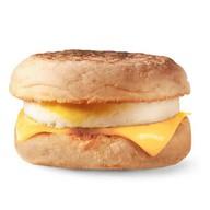 МакМаффин с яйцом и сыром Фото