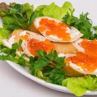 Блинчики с малосольным лососем, сыром Фото