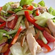 Теплый салат с курицей песто Фото