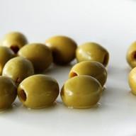Оливки зеленые Фото