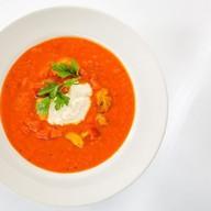 Томатный суп с муссом из Пармезана Фото