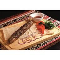 Люля кебаб с сыром и бастурмой Фото