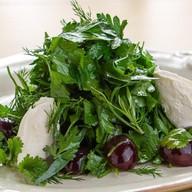 Салат со сливочным сыром и тархуном Фото
