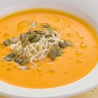 Нежный крем-суп из сладкой тыквы Фото