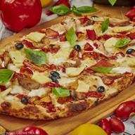 Римская пицца гавайская Фото