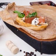 Брускетта с пармой, сливочным сыром Фото