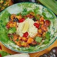 Лосось с овощами темпура Фото