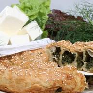 Пирог со шпинатом и брынзой (слоеный) Фото