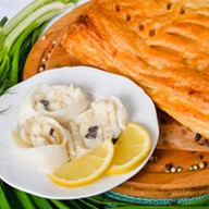 Пирог с белой рыбой (слоеный) Фото