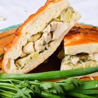 Пирог с курицей, картофелем Фото