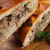 Пирог с мясным фаршем и грибами Фото