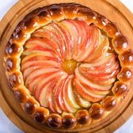 Пирог с яблоками Фото