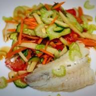 Рыбный салат из трески отварной Фото