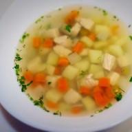 Суп из индейки с зеленым горошком Фото