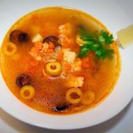Рыбный суп с оливками Фото