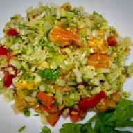 Салат-микс из апельсинов и овощей Фото