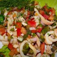 Кальмары с авокадо Фото