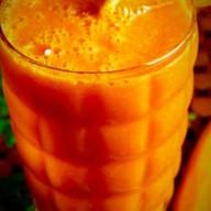 Оранжевый смузи Фото