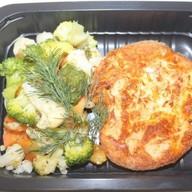 Треска, запеченная в яйце с овощами Фото