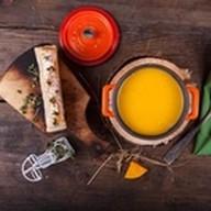 Суп из тыквы с сырной брускеттой Фото