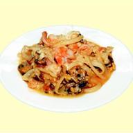 Морепродукты в сладком соусе Фото