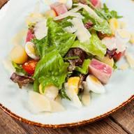 Салат с тунцом Yellowfin и фасолью Фото
