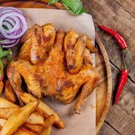 Цыпленок-корнишон на гриле с картофелем Фото