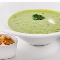 Суп-крем из шпината с гренками Фото