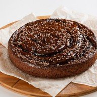 Шоколадно-смородиновый пирог Фото