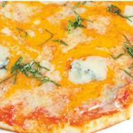 Четыре сыра на томатном соусе Фото