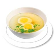 Куриный бульон с яйцом Фото
