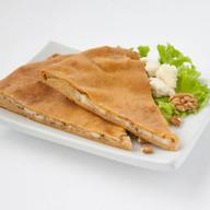 Осетинский пирог с сыром и орехом Фото