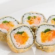 Темпурамаки с лососем и Чеддером Фото