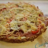 Пицца с ветчиной, шампиньонами и Фото