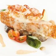 Филе лосося с томлеными баклажанами Фото