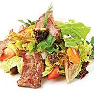 Гриль-салат с говяжьей вырезкой Фото