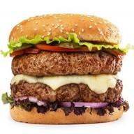 Двойной бургер с говядиной Фото