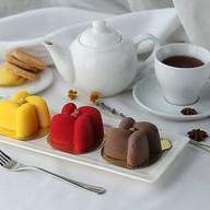 Муссовое пирожное шоколад-малина Фото